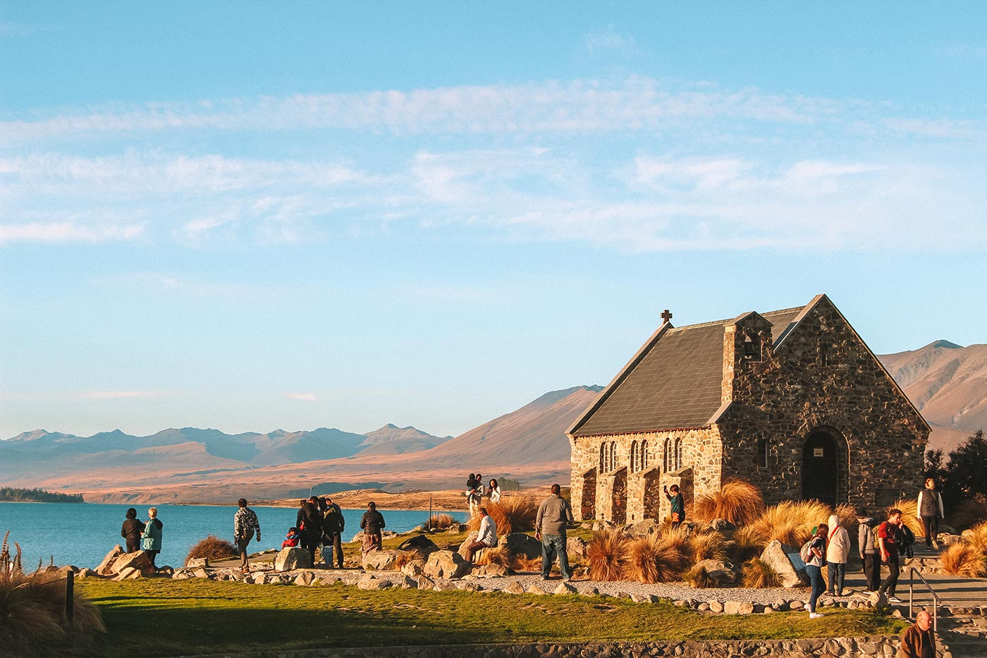 How to spend a day in Lake Tekapo, New Zealand   things to do