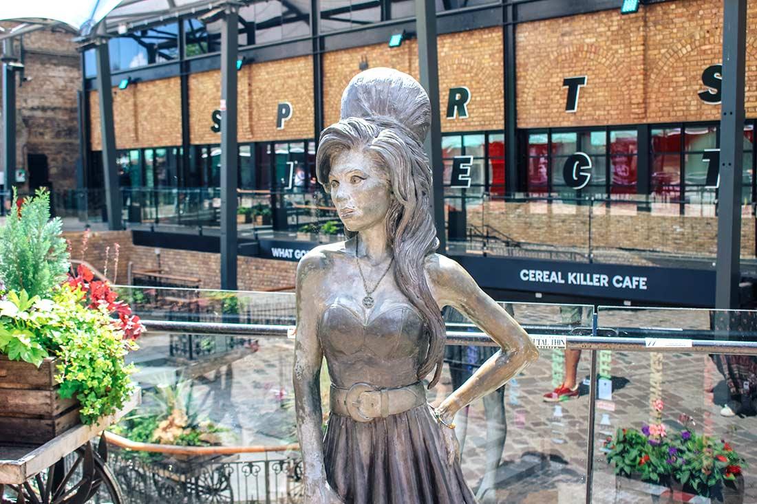 Amy Winehouse Statue Camden London